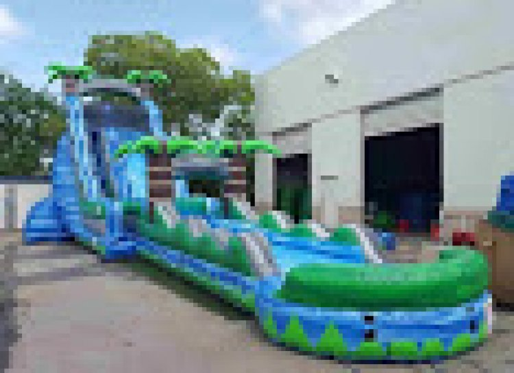 27 Ft Blue Crush with Slip n Slide