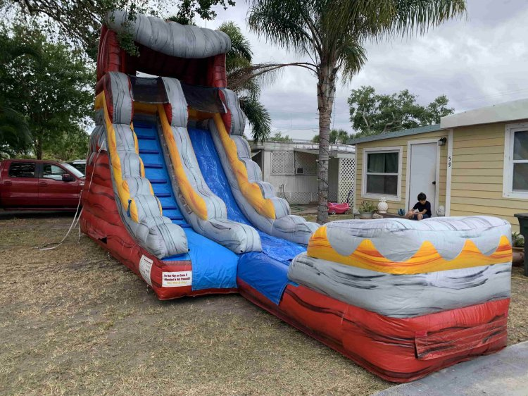 18 Ft Volcano Splash Slide